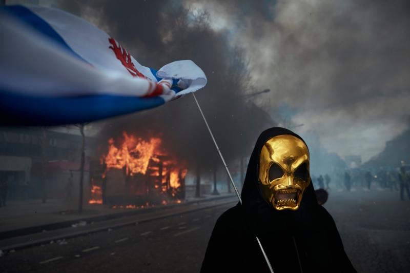 Gilets Jaunes Protest - Paris Burns