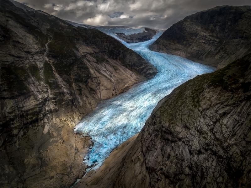 Solid Water Flow