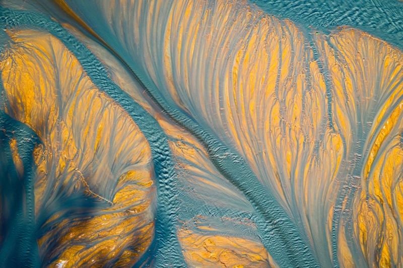 Turquoise veins