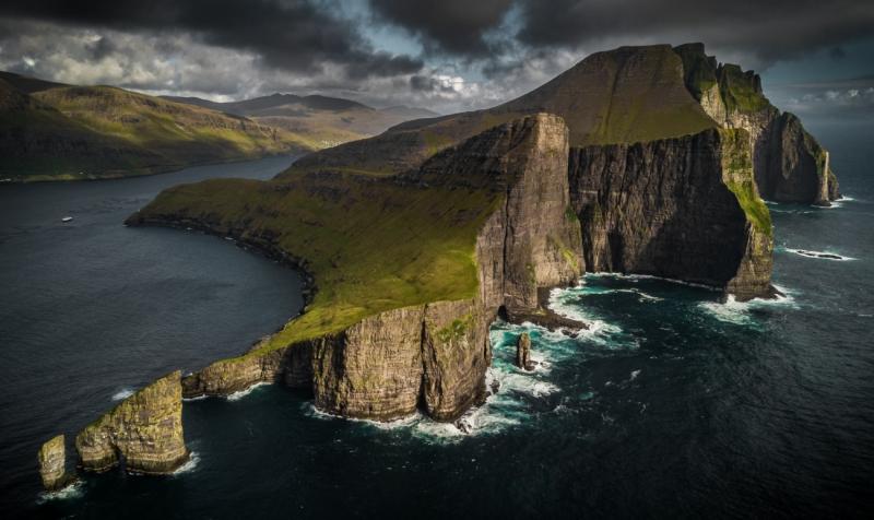Cliff Land