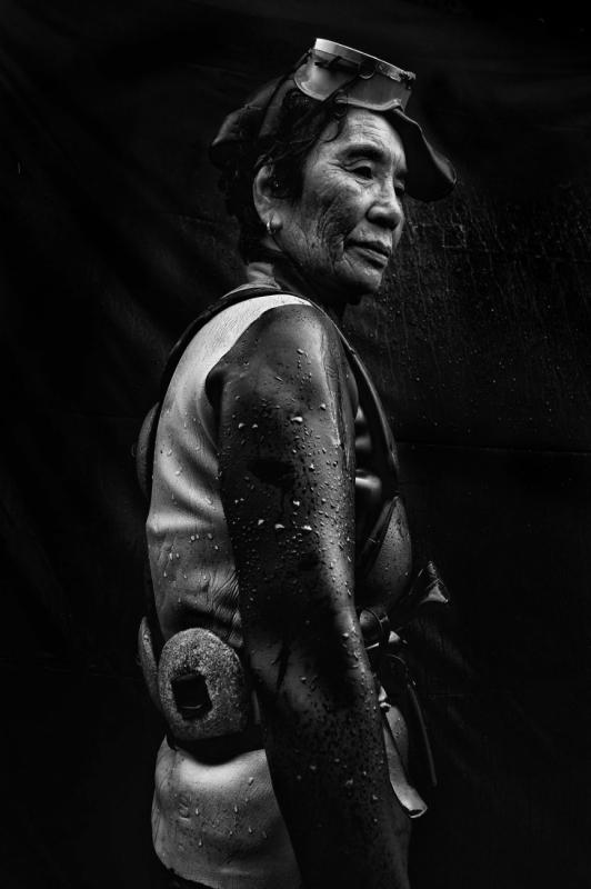 Grandma Divers 1